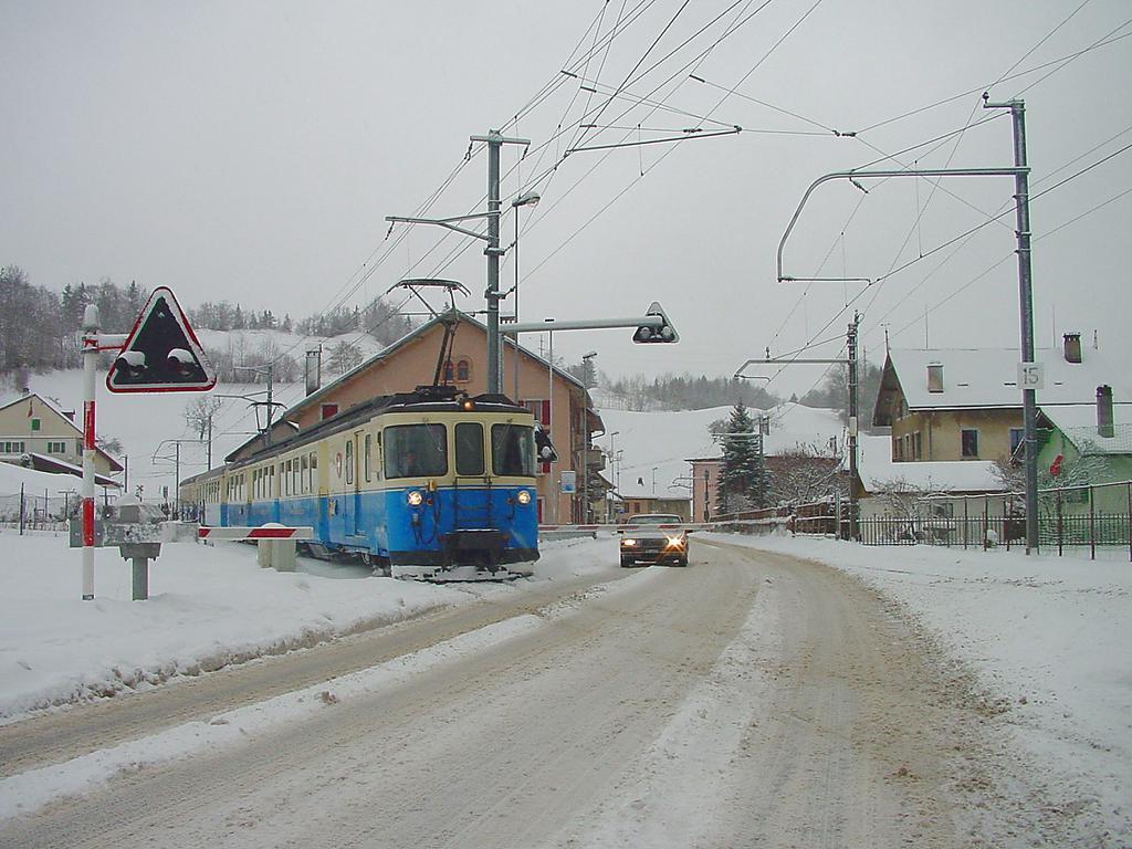 Photo d'une ABDe 8/8 4001-4004, Prise à Montbovon le 26 décembre 2001 01:52