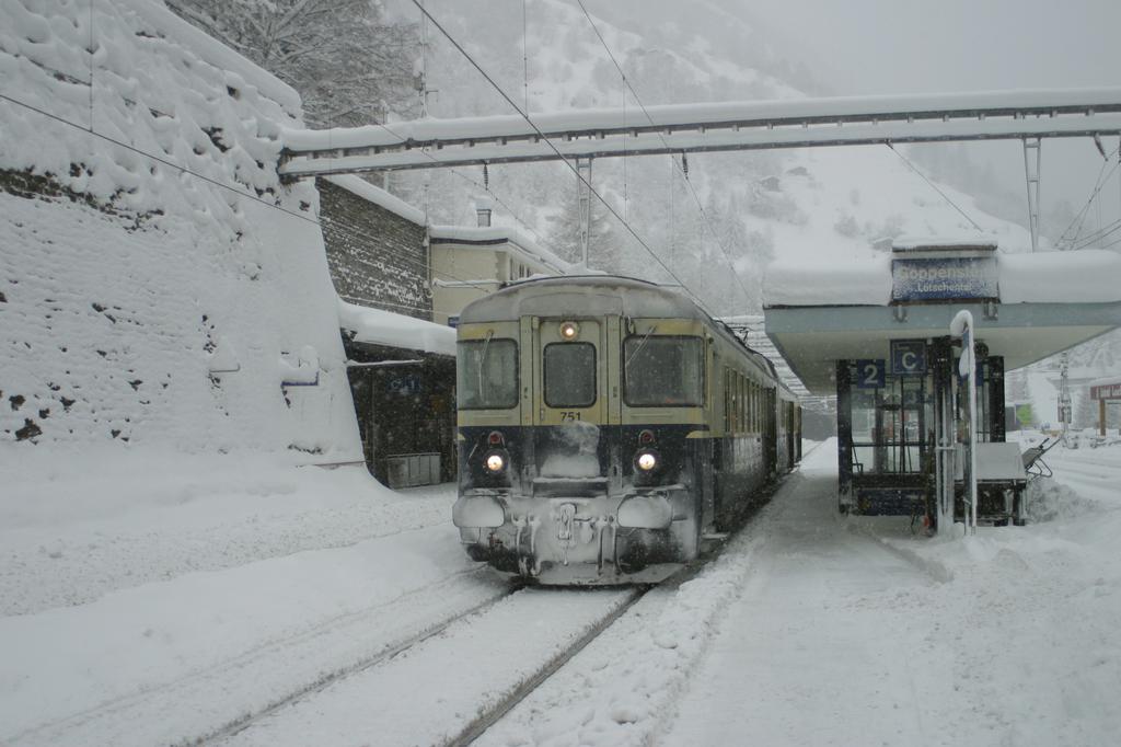 Photo d'une ABDe 535 751-754, Prise à Goppenstein le 5 février 2003 12:17