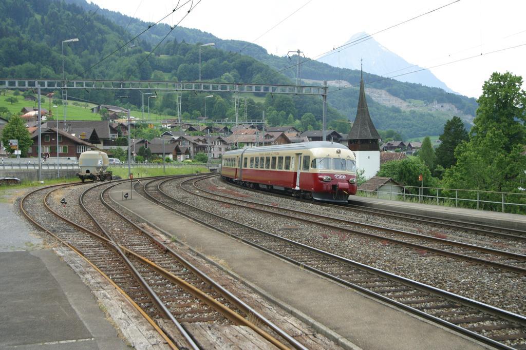 Photo d'une Rae II TEE, Prise à Leissigen le 3 juin 2003 02:48