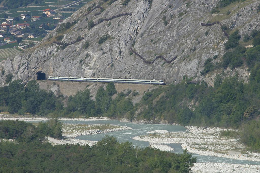 Photo d'une ETR 470 001-009, Prise à Leuk le 2 septembre 2004 10:47