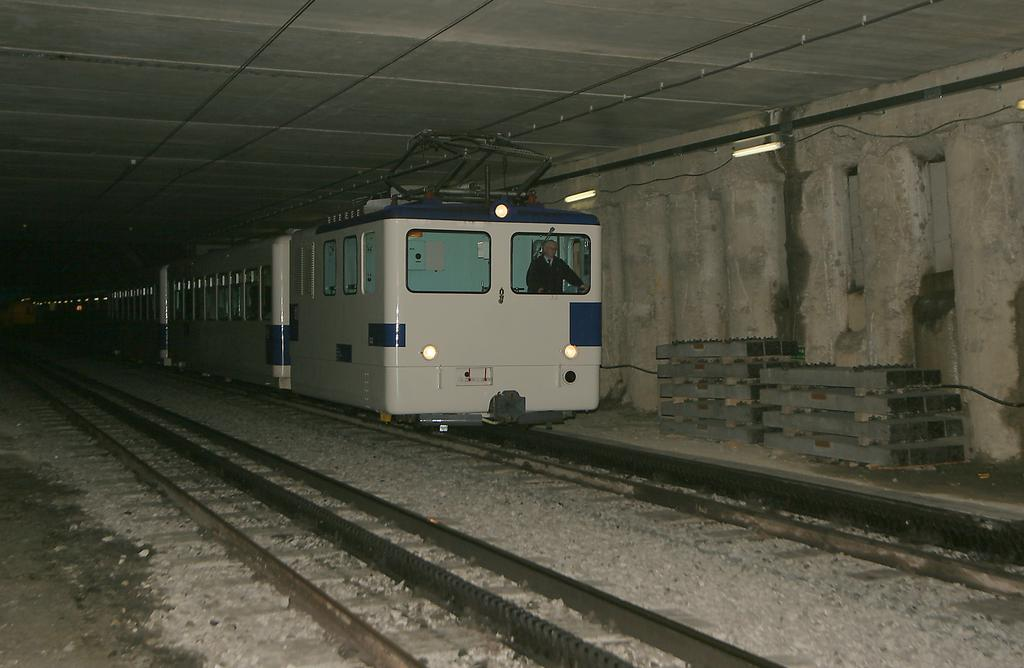 Photo d'une He 2/2 298, Prise à Lausanne-Gare le 19 janvier 2006 02:30