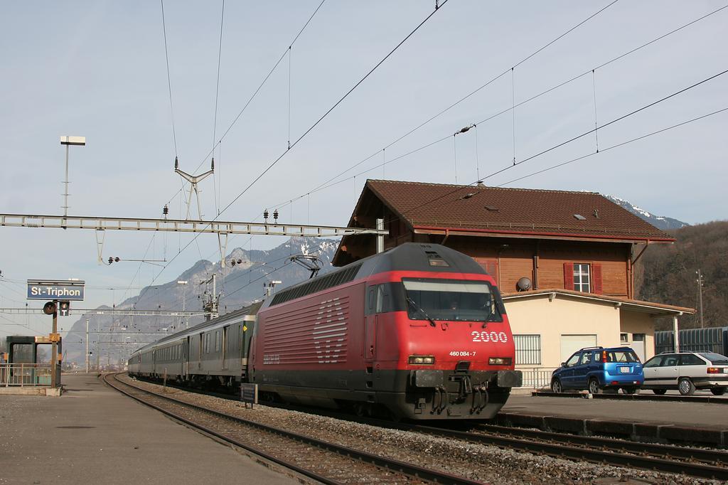 Photo d'une Re 460 000-118, Prise à St-Triphon le 25 janvier 2006 11:56