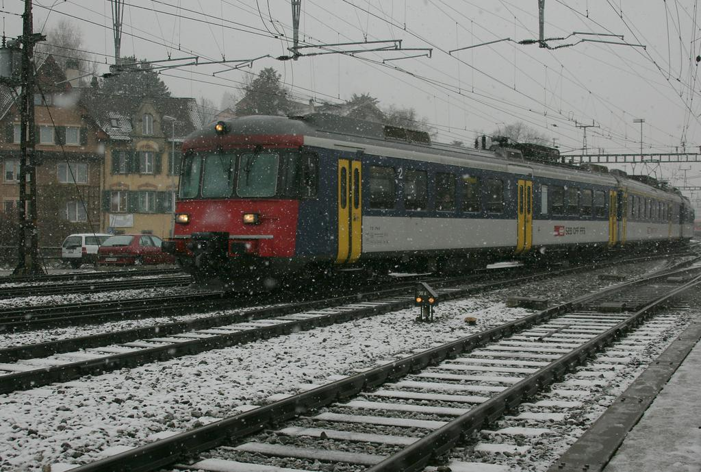 Photo d'une RABDe 510 (RABDE 12/12) 1101-1118, Prise à Schaffhausen le 10 décembre 2008 02:11