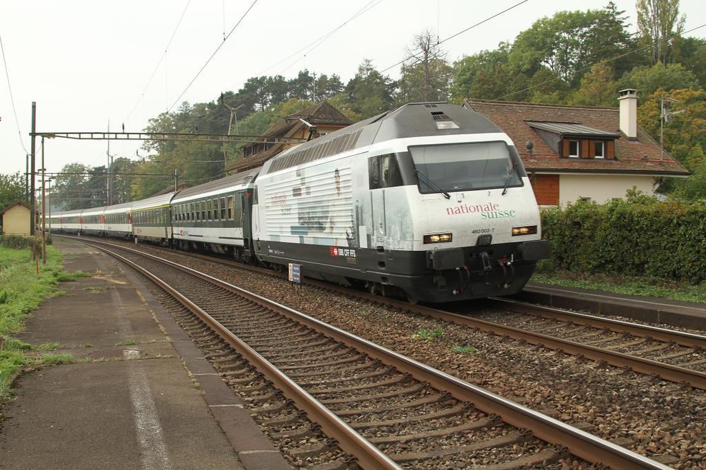 Photo d'une Re 460 000-118, Prise à Céligny le 1 octobre 2011 11:48