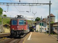 """photo d'une """"Re 420 (Re 4/4 II) 11156-11171 11173-11281 11283-11311 11313-11349 11371-11397"""" prise à Lutry"""
