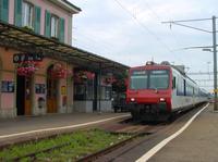 """photo d'une """"RBDe 560 001-083 100-135"""" prise à Moudon"""