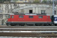 "photo d'une ""Re 420 (Re 4/4 II) 11156-11171 11173-11281 11283-11311 11313-11349 11371-11397"" prise à Neuchâtel"