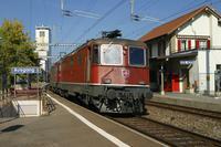 """photo d'une """"Re 420 (Re 4/4 II) 11156-11171 11173-11281 11283-11311 11313-11349 11371-11397"""" prise à Düdingen"""