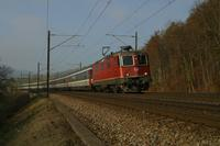 """photo d'une """"Re 420 (Re 4/4 II) 11156-11171 11173-11281 11283-11311 11313-11349 11371-11397"""" prise à Tecknau"""