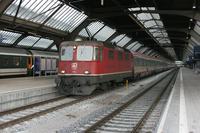 """photo d'une """"Re 420 (Re 4/4 II) 11101-11155"""" prise à Zurich HB"""
