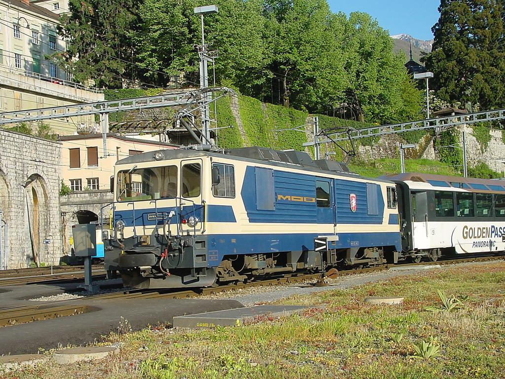 Photo d'une GDe 4/4 6001-6004, Prise à Montreux le 30 avril 2002 06:57