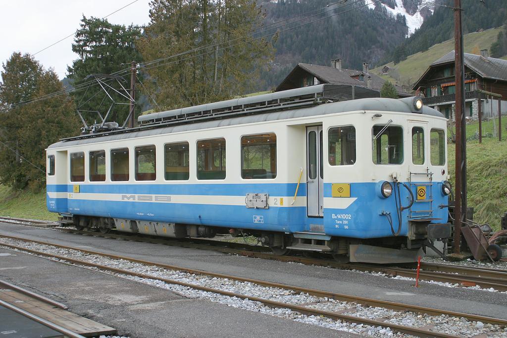 Photo d'une Be 4/4 1002, Prise à Château-d'Oex le 22 novembre 2002 03:17