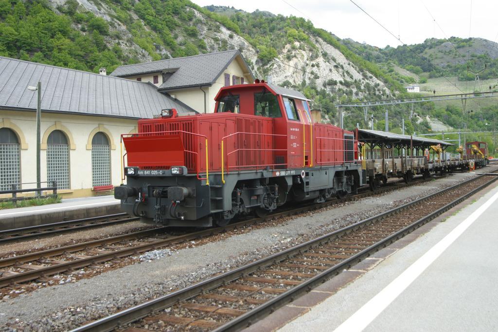 Photo d'une Am 841 000-039, Prise à Leuk le 11 mai 2004 01:31