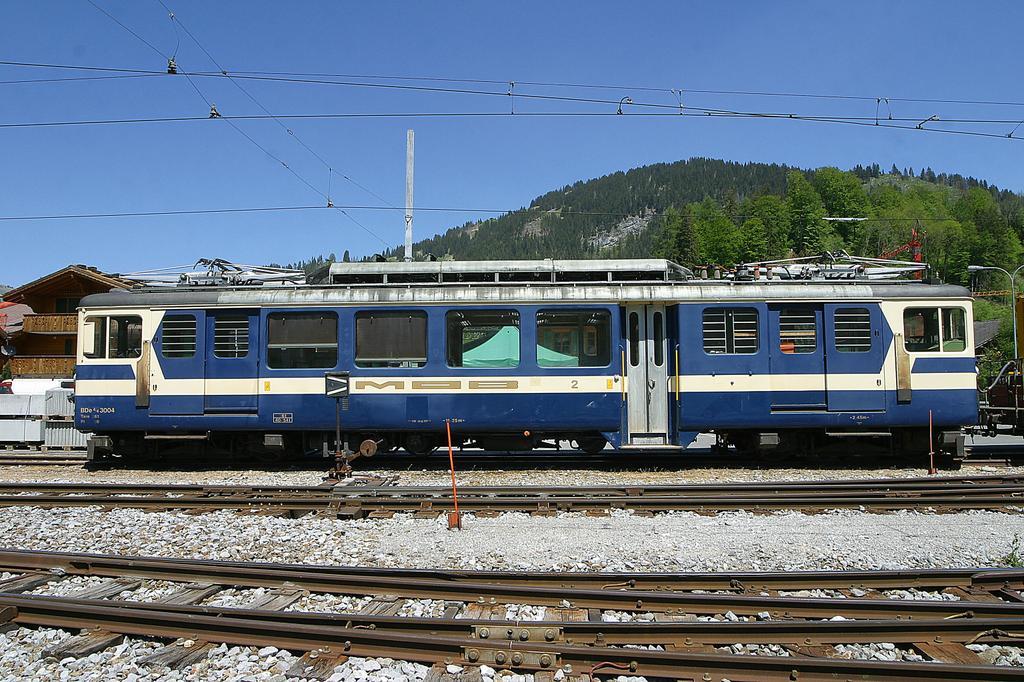Photo d'une BDe 4/4 3001-3004, Prise à Lieu à déterminer le 25 mai 2004 02:30