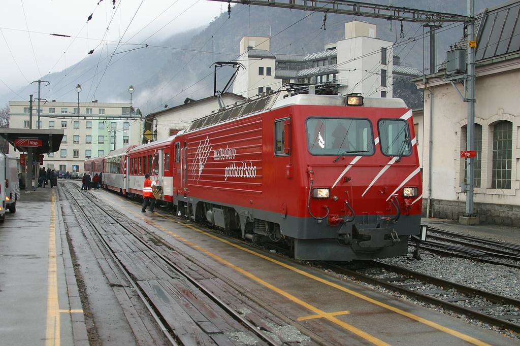 Photo d'une HGe 4/4 II, Prise à Visp le 30 novembre 2004 11:35