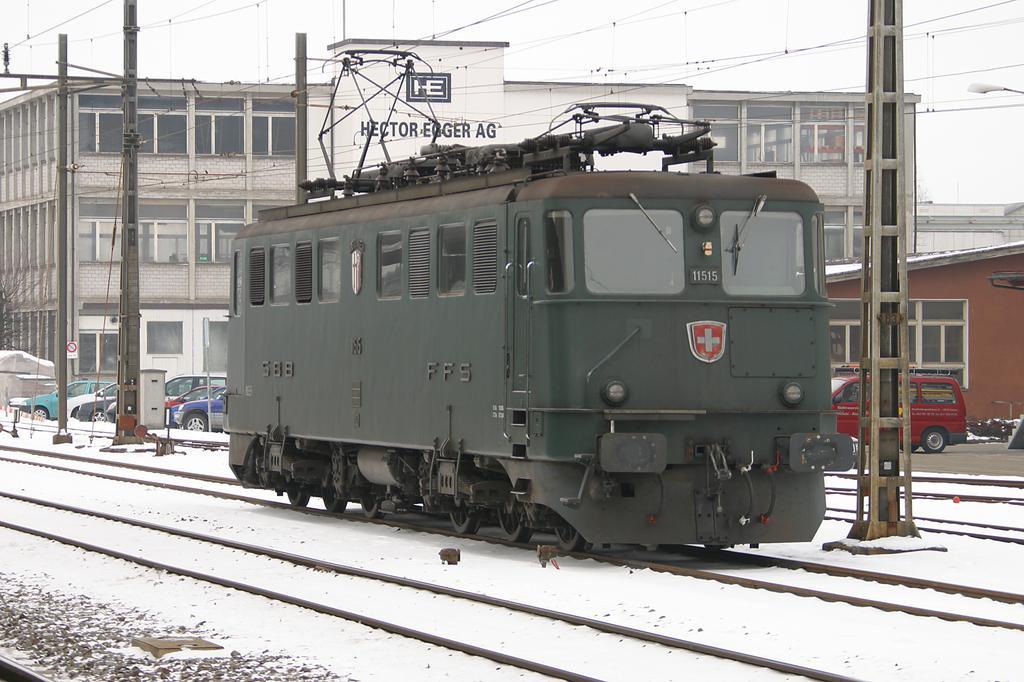Photo d'une Ae 610 (Ae 6/6) 11403-11520, Prise à Langenthal le 31 janvier 2005 11:47