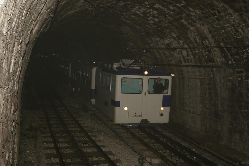 Photo d'une He 2/2 298, Prise à Lausanne-CFF le 17 janvier 2006 07:43