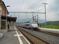 """photo d'une """"TGV"""" prise à Croy-Romainmôtier"""