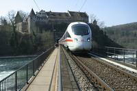 "photo d'une ""ICE T"" prise à Schloss Laufen am Rheinfall"