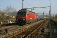 """photo d'une """"Re 460 000-118"""" prise à Gelterkinden"""