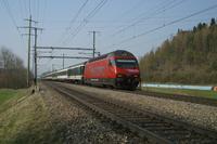 """photo d'une """"Re 460 000-118"""" prise à Uttigen"""
