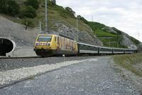 """photo d'une """"Re 460 000-118"""" prise à Salgesch"""
